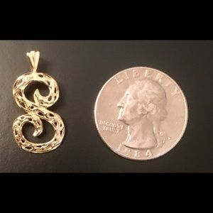 Jewelry - Solid 14k letter S pendant